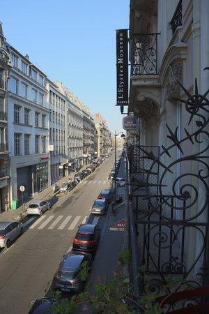 New Orient Hôtel : Balcony view