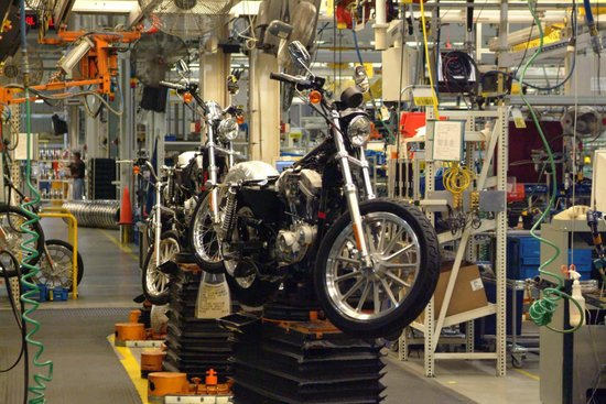 Harley Davidson Factory Tour: Harley-Davidson Vehicle & Powertrain Operations