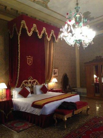 Palazzo Paruta: Il letto piu bello al mondo