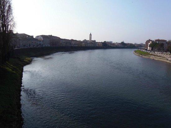 Scaligero-Brücke: Vista dal Ponte Scaligero