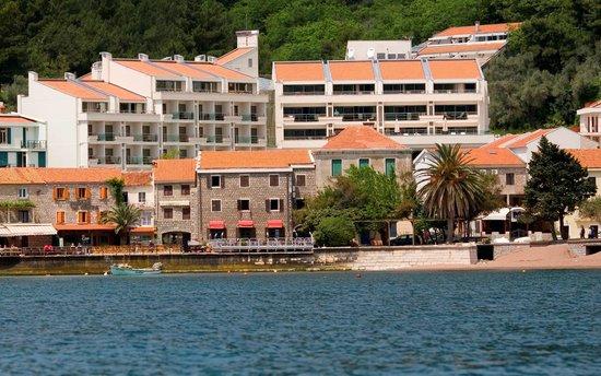 Monte Casa Spa & Wellness : An External View of The Hotel