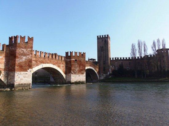 Scaligero-Brücke: Ponte Scaligero