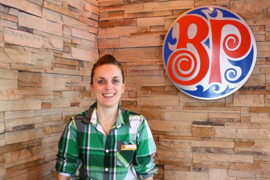 Boston Pizza: Melissa, Our General Manager, stop in to say hi!