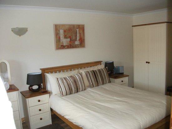 Clan Cottages: Master bedroom