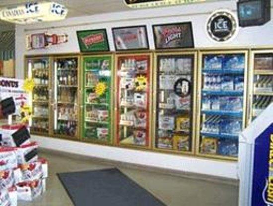 Confederation Inn : liquor store