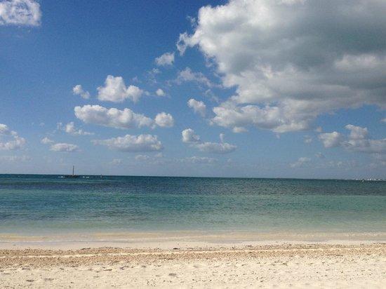 NIZUC Resort and Spa : Blue sky
