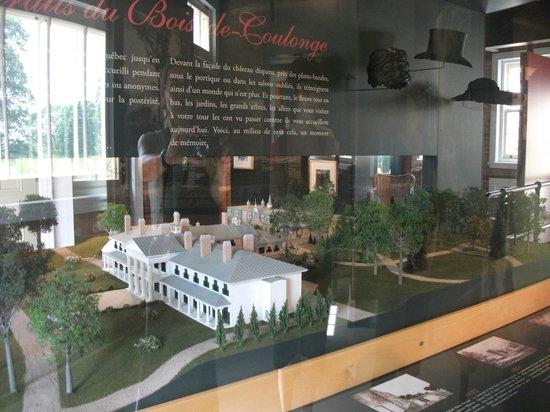 Le Parc du Bois-de-Coulonge : Maquette de la résidence principale, centre d'interprétation, Parc Bois-de-Coulonge