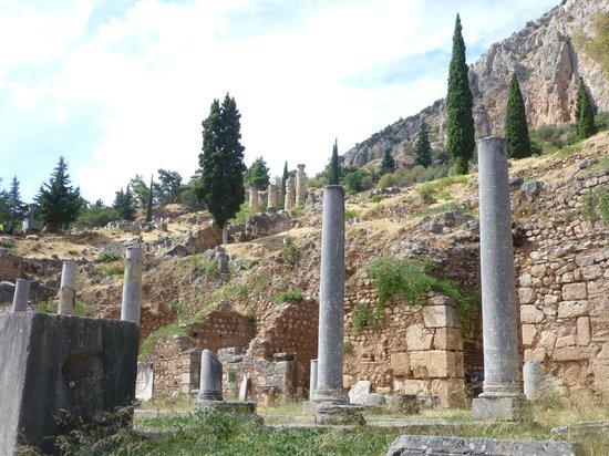 Oraklets tempel - Picture of Delphi Ruins, Delphi ...