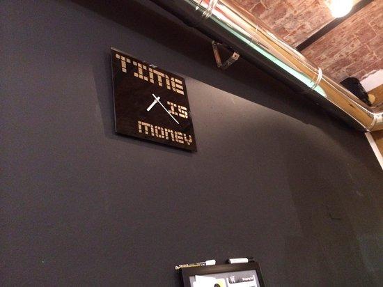 Capodimonte: Il tempo e denaro
