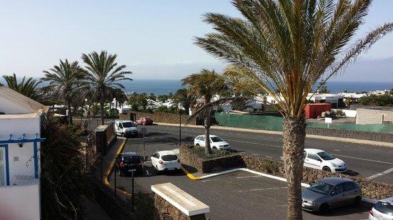 Aparthotel Paradise Island: vu de l'entrée hotel