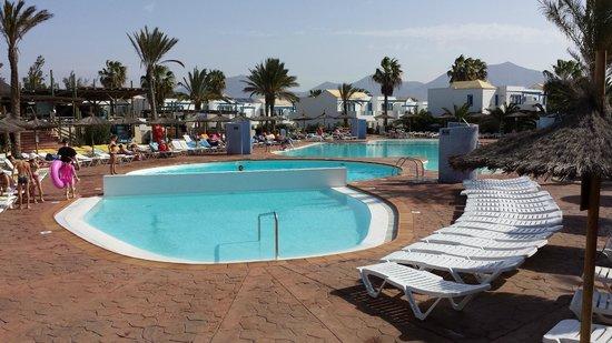 HL Paradise Island: piscines dont une chauffée