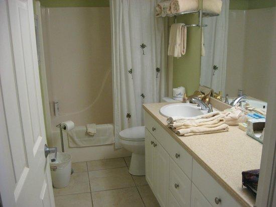 Casa Playa Resort: Room 401