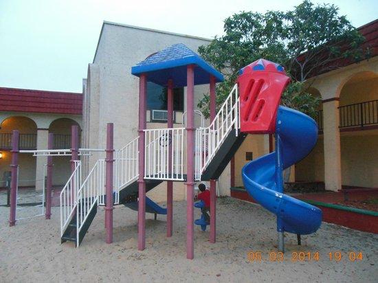 Maingate Lakeside Resort: Lakeside Resort