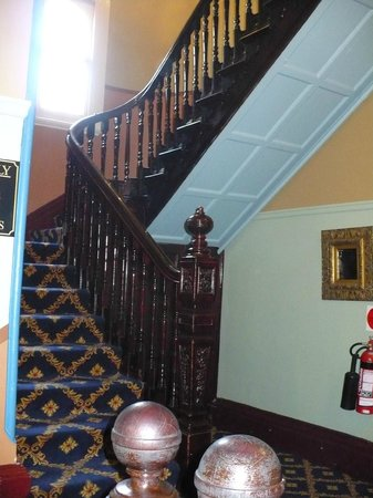 The Carrington Hotel: every detail of this 1800's Hotel thrilled me