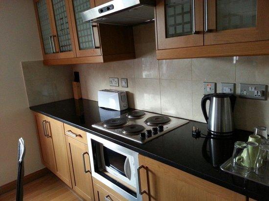 Hyde Park Suites : Cocina