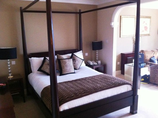 The Fairview: Wonderful Bed