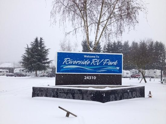 Riverside RV Park: More fun in the snow