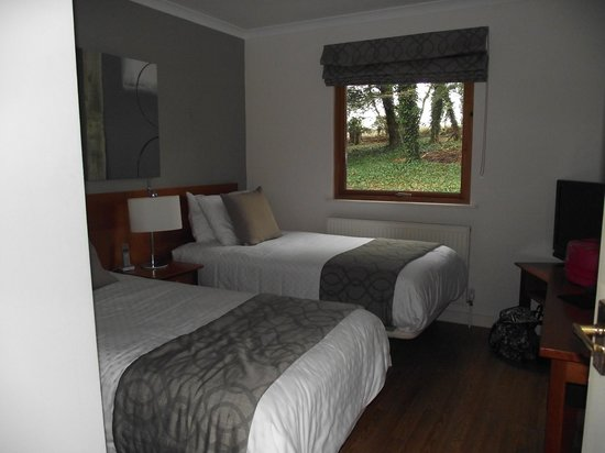 Broome Park Golf and Country Club: Bedroom 2