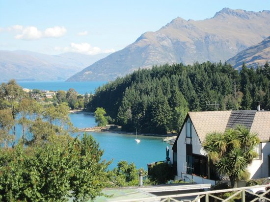 Pounamu Apartments: View from apartment balcony