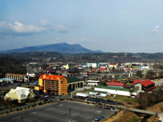 The Great Smoky Mountain Wheel : View from the top