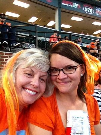 Oriole Park at Camden Yards : Mom flies from California to watch O's w/ daughter