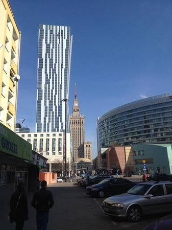 Mercure Warszawa Centrum : view towards the Mercure with old and new towers.