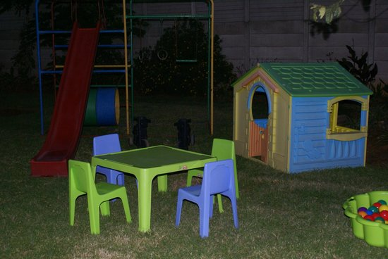 Emerald Guest House: Kiddies play area