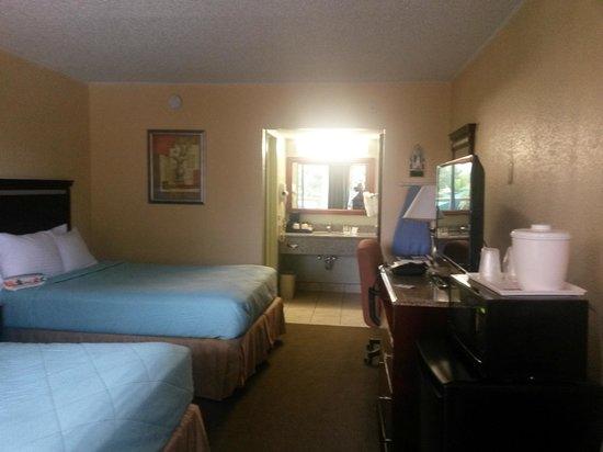 Clarion Hotel & Conference Center: habitaciones limpias