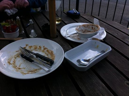 Malvern Hills Hotel: I think we enjoyed our lunches today!! ;-)