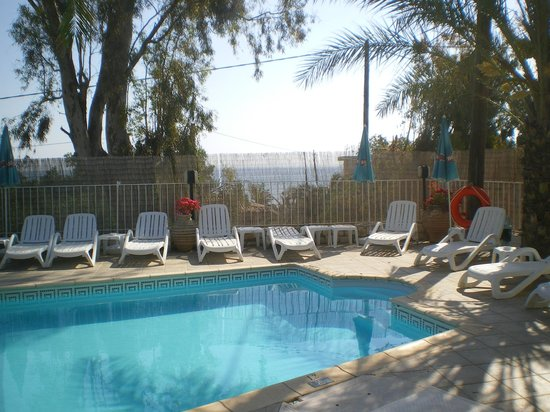 Mirabelle Hotel: the pool