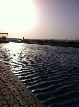 Tamani Hotel Marina : The pool