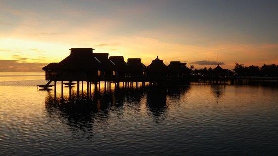 Conrad Bora Bora Nui : That's a sunset!