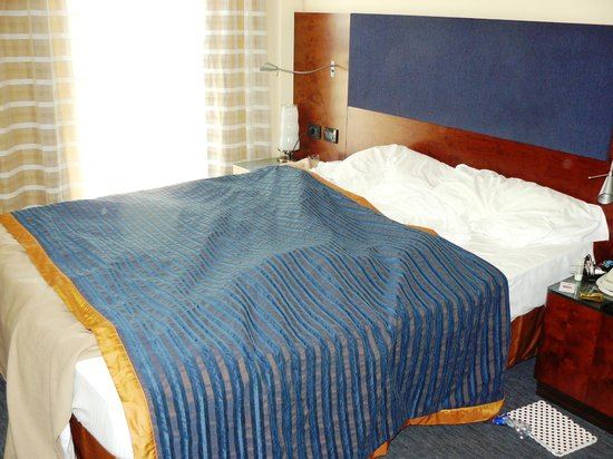 NH Bergamo : Room