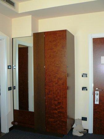 NH Bergamo: Bathroom