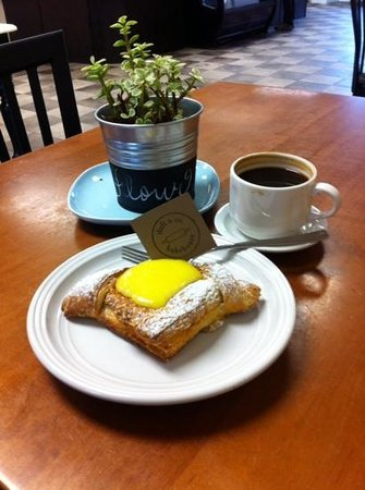 Duft & Co. Bakehouse: Lemon Danish & a short Americano, fantastic