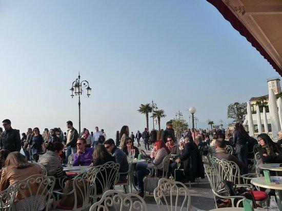 Gelateria Bar Al Porto: distesa