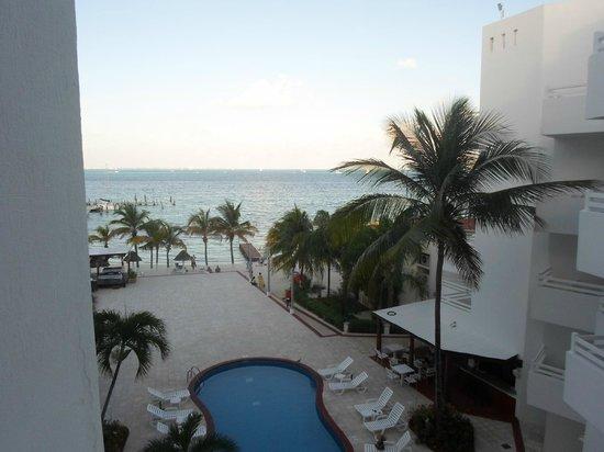 Holiday Inn Cancun Arenas: Desde el balcón