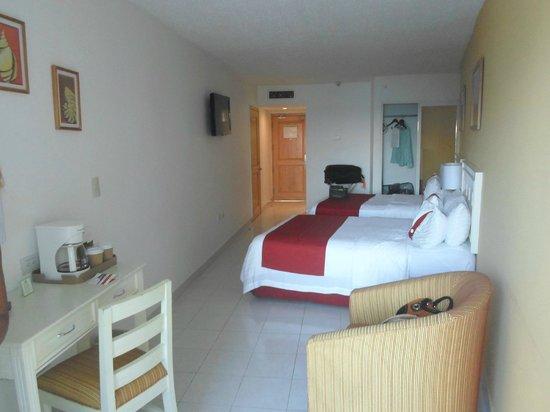Holiday Inn Cancun Arenas: Limpieza y orden excelente...!!