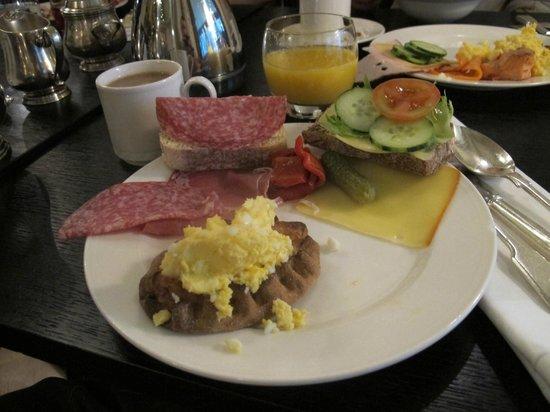 Hotel Kamp: Excellent breakfast