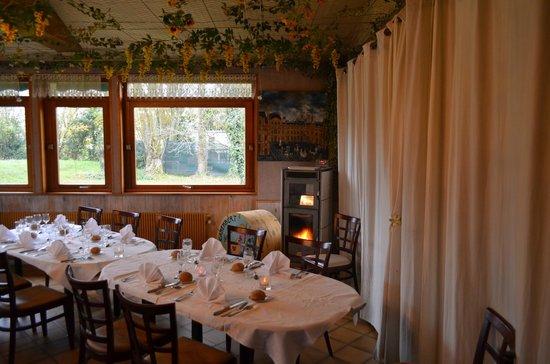 La Camembertiere : незатейливый, домашний сельский интерьер