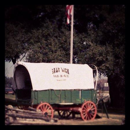 Salt Lick BBQ: The Chuck Wagon