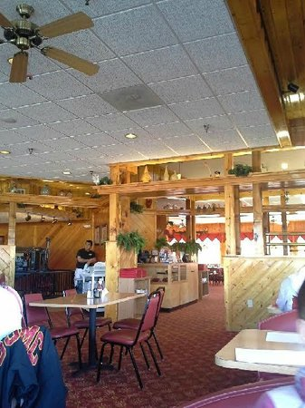 Red Rooster Pancake House : Inside the R.R.