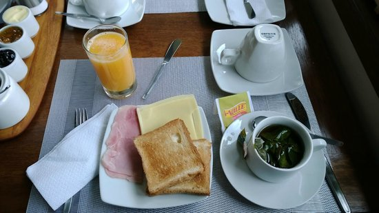 Tambo del Caminante : Breakfast - Continental and English