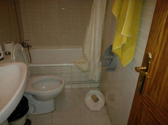Aquasol Apartments : Bathroom