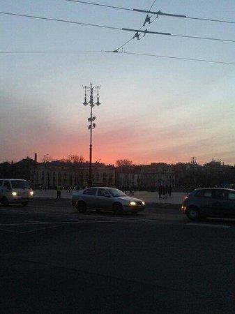 Heldenplatz: Sunset from the square