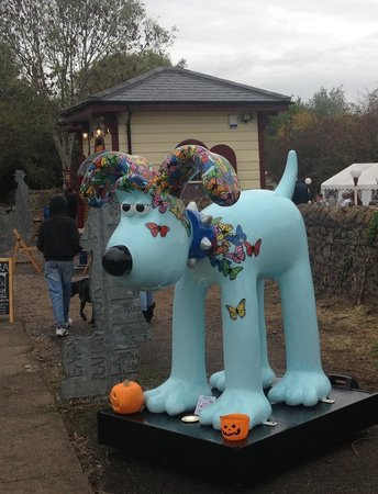 Warmley Waiting Room: Gromit came to visit