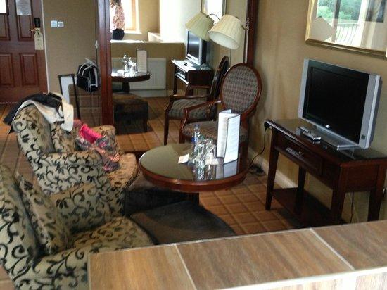 Lake Hotel: Room 417