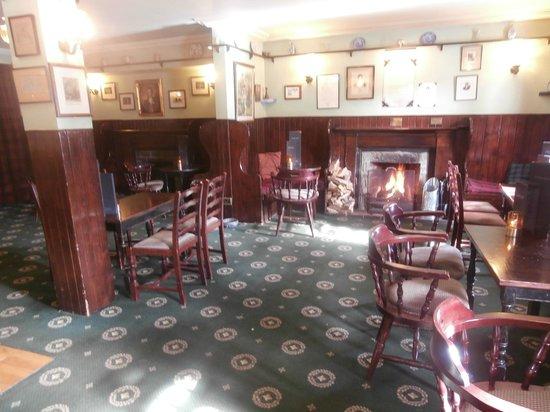Kenmore Hotel: Resident Bar
