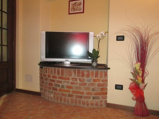 tv camera da letto - Picture of Orchidea, Carru - TripAdvisor