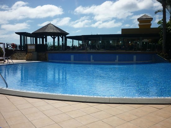 Occidental Jandia Royal Level - Adults Only : pool area with daytime restaurant